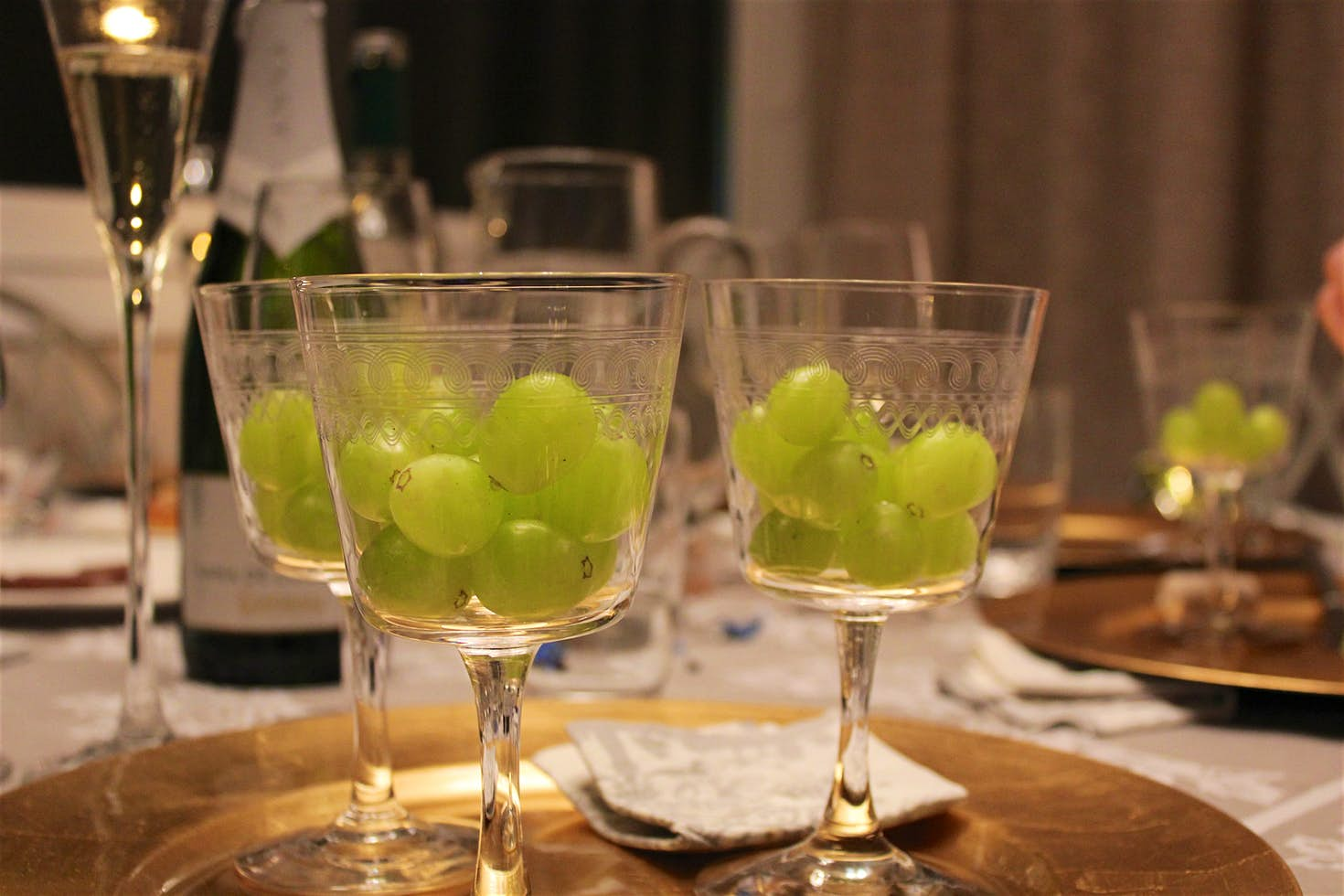 12 grapes for each strike at midnight. Image by Chris Oakley / CC BY 2.0